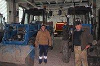 Работники МУП «ТеплоКомСнаб» готовят технику к зиме